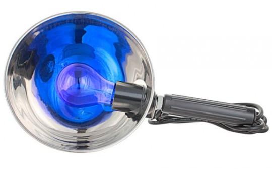 Синяя лампа - безопасная физиотерапия при отите. Назначается как взрослым, так и детям.