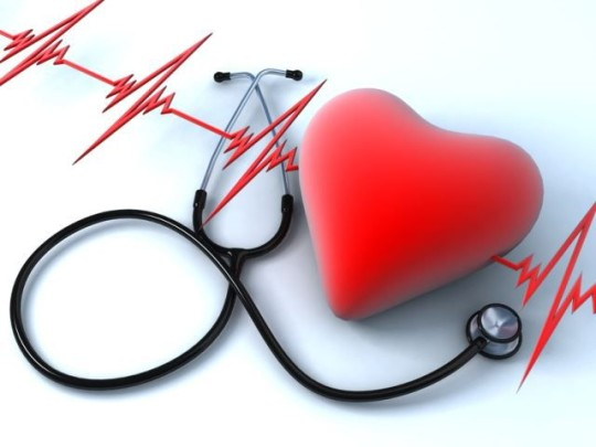 Нарушения в кровеностной системе могут быть причиной заложенности в ушах