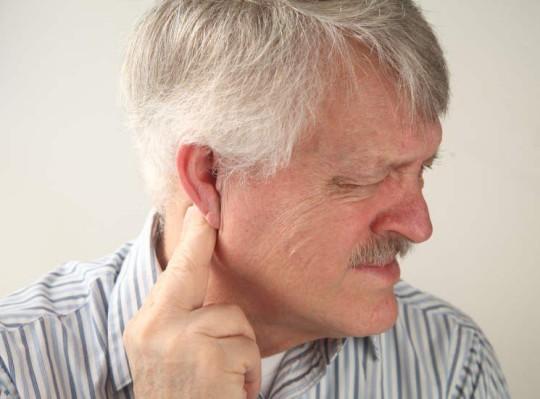 В большинстве случев шарик за ухом - это воспаленный лимфоузел