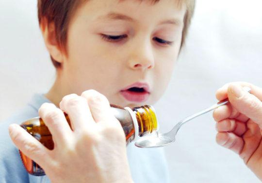 При лечении отита необходимо строго следовать назначениям врача