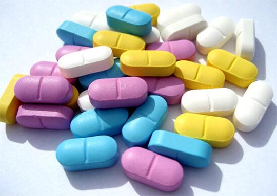 При ушных инфекциях прописываются антибиотики