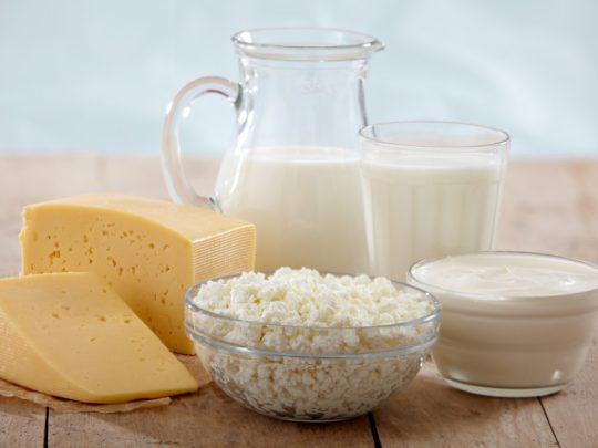 После антибиотиков усильте рацион кисломолочными продуктами