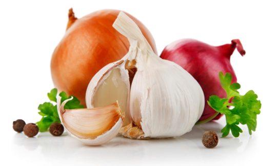 Чеснок и лук - проверенные народные рецепты