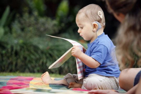 Врожденная глухота может быть наследственной