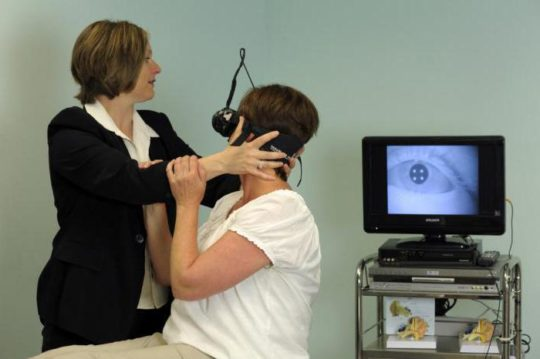 Нистагм - симптом невриномы уха