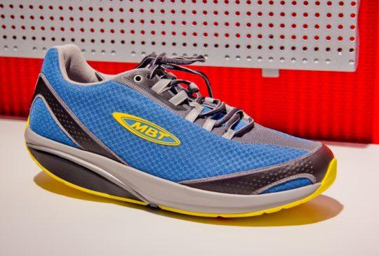 Тренировки вестибулярного аппарата дополняются специальной обувью