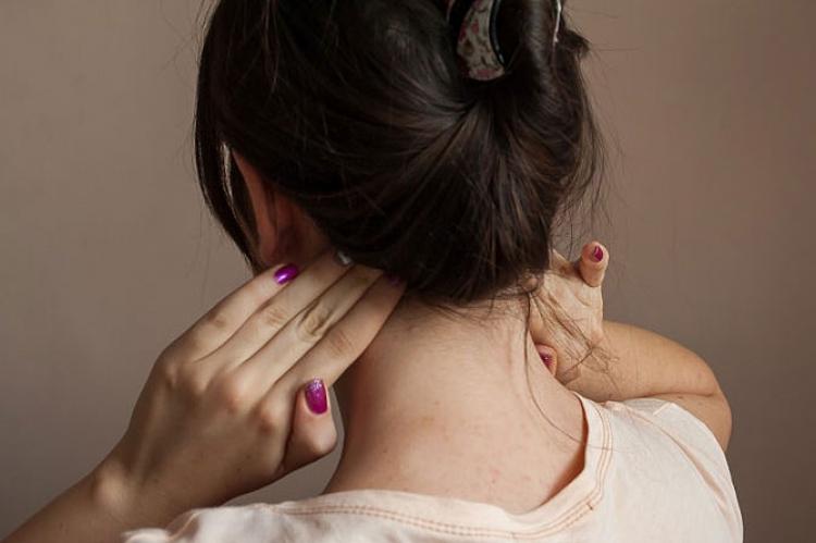Как в домашних условиях снять заложенность уха 891