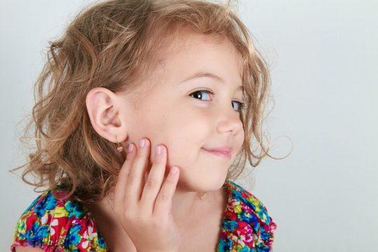 Ребенок должен знать все о гигиене ушей