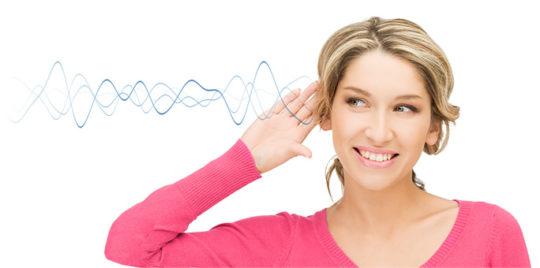 Что делать, если ухо не слышит, но не болит
