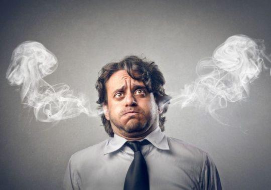 Стресс и усталось усугубляют болезни ушей