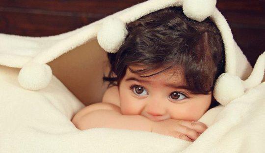 Причины неприятного запаха из ушей у ребенка