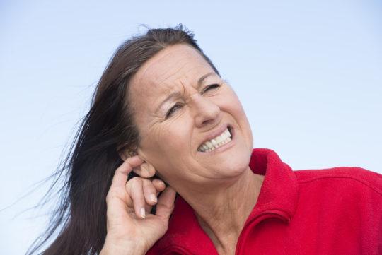 Адгезивный отит может привести к постепенному ухудшению слуха