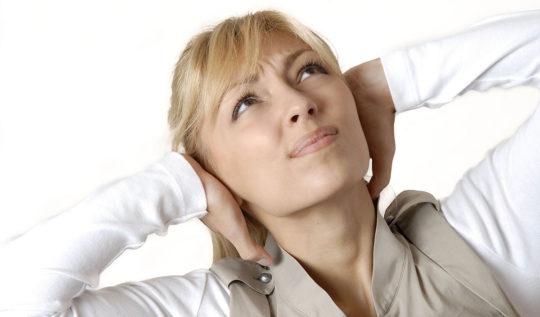 Причины бульканья в ушах