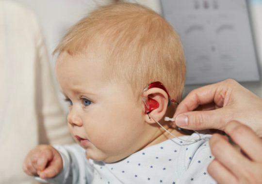 Особенности развития детей с нарушением слуха