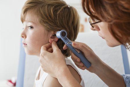Симптомы среднего отита у детей