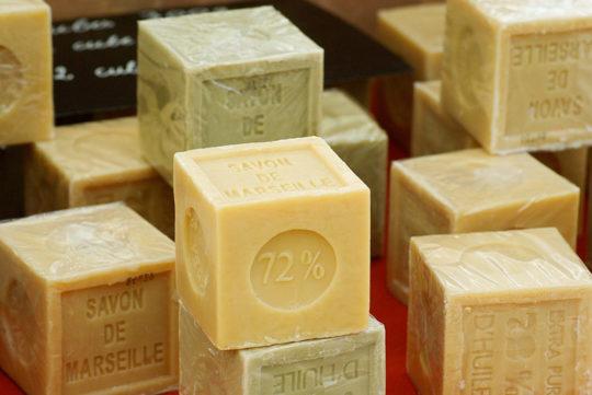 Не используйте для ухода за кожей агрессивное мыло