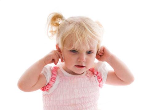 Временная закупорка слухового прохода не несет особой угрозы