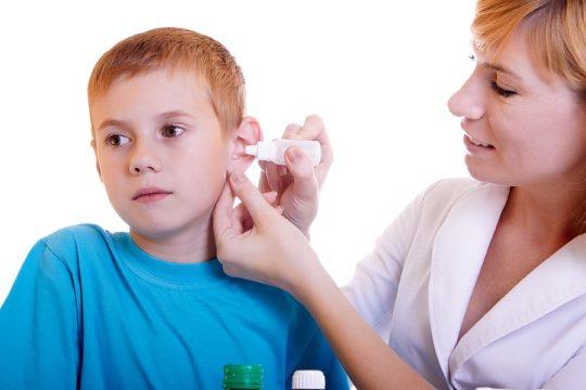 Средний отит у ребенка лечится в среднем 7-14 дней