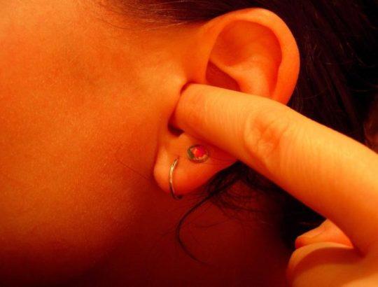 Симптомы холестеатомы в ухе