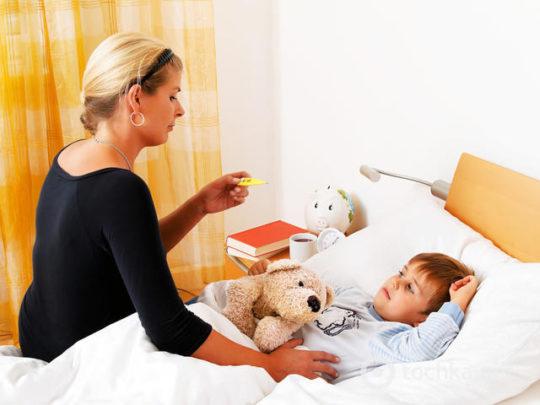 Температура часто сопровождает отиты у детей