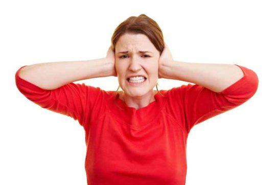 Причины жжения в ушах
