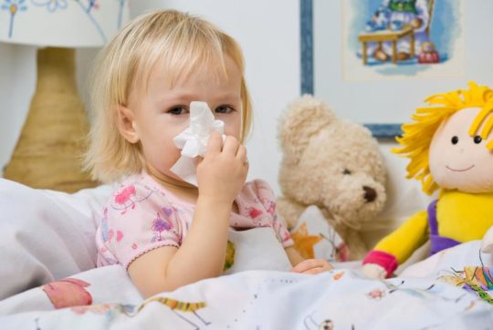 Ослабленный иммунитет может стать причиной частых отитов