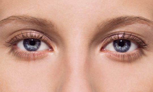 Комбинил-Дуо используют для лечения глаз и ушей