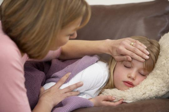 При появлении интоксикации организма назначаются антибиотики