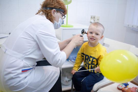 Нельзя применять перекись водорода для лечения отита у детей