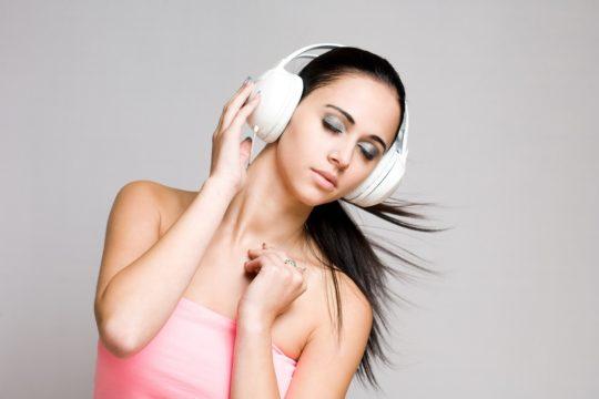 Избегайте громких звуков для предотвращения тиннитуса