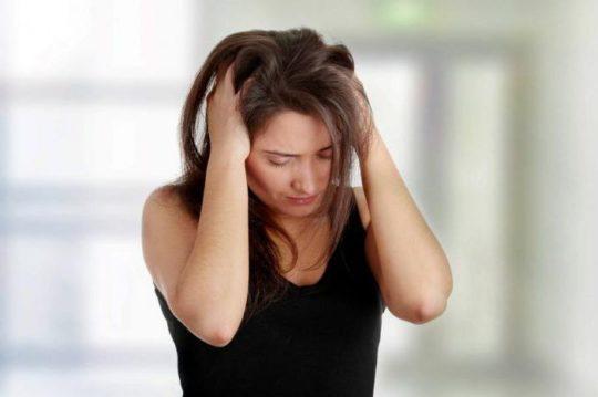 Тошнота, мигрень и шум в ушах - причины для срочного посещения врача