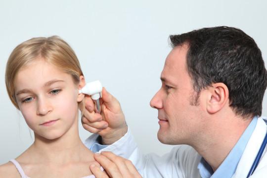 Отоскопия уха дает почти полную картину заболевания