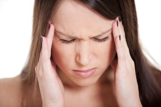 Причины болей в ушах и висках